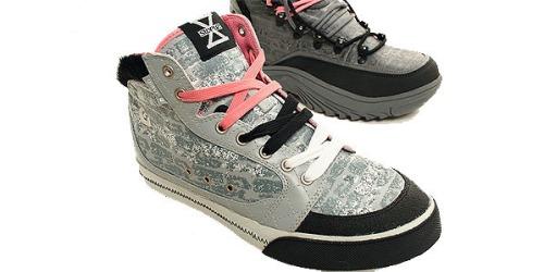 gravis-staple-sneaker-2.jpg