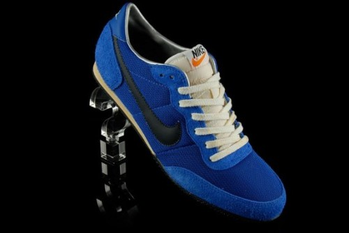 nike-track-racer-vintage-blue-sapphire-01